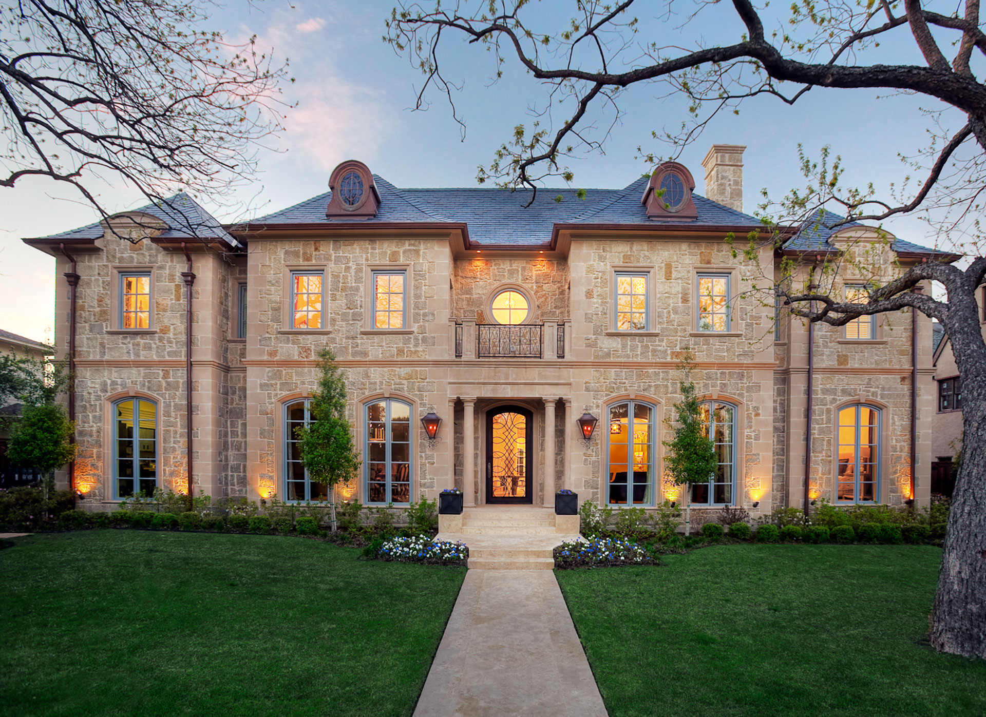 how to build a castle home