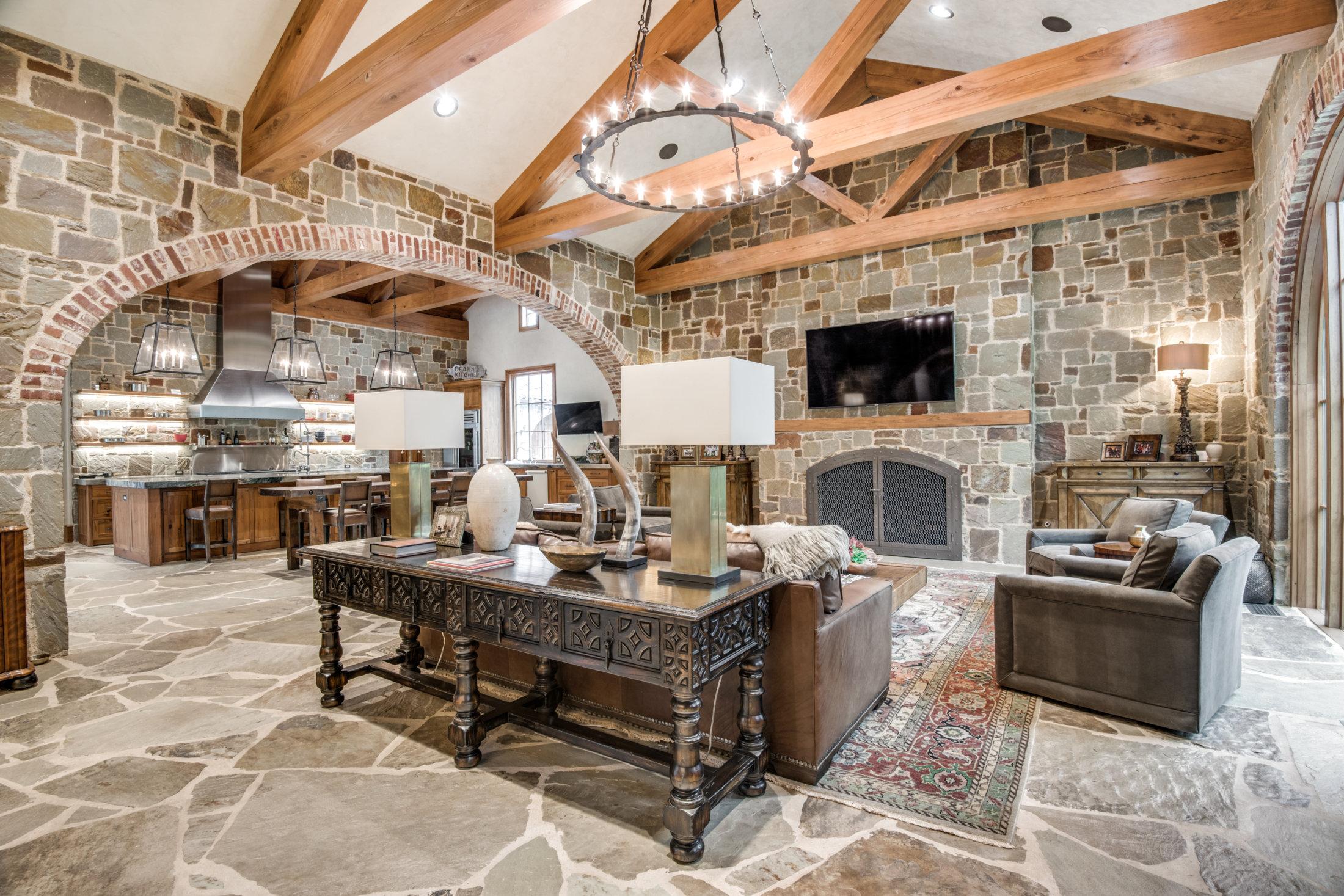 Living Room - Platinum Homes Mark Molthan