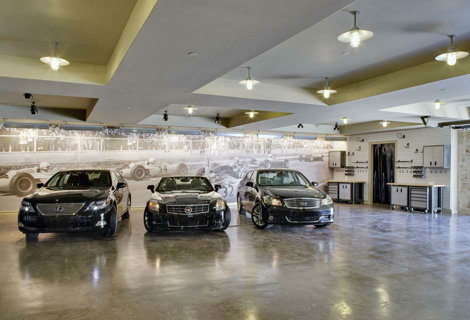 Platinum-Series-Homes-by-Mark-Molthan-LUXE Showhome-garage