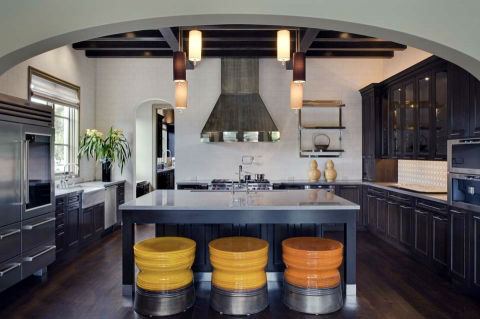 Platinum-Series-Homes-by-Mark-Molthan- LUXE Showhome-kitchen