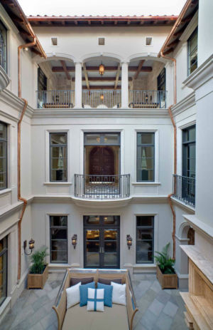 Platinum-Series-Homes-by-Mark-Molthan-LUXE Showhome-atrium