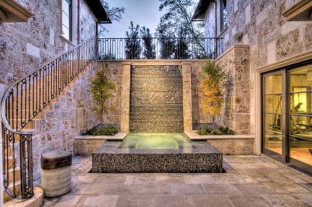 Platinum-Series-Homes-by-Mark-Molthan-courtyard