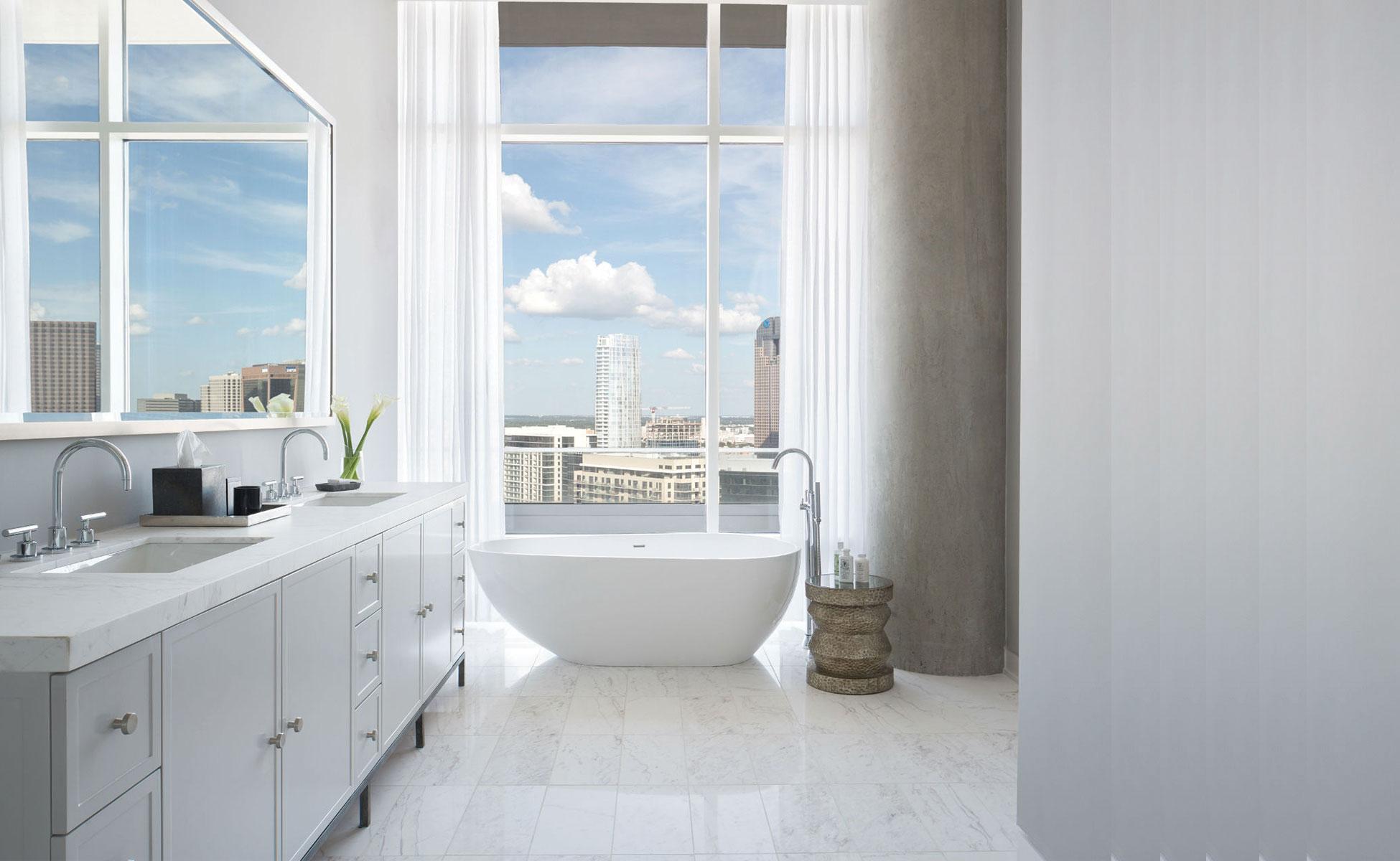 Custom Homes - Bathroom- Platinum Homes by Mark Molthan